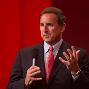 Directorul general al Oracle, Mark Hurd, a decedat