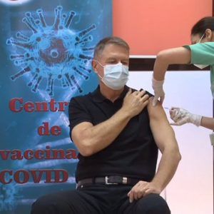 President Klaus Iohannis has received the first vaccine dose