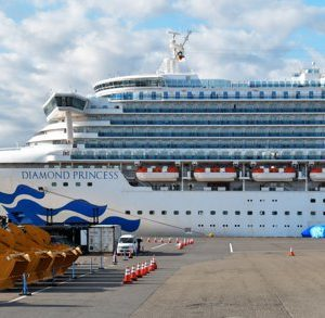 Six Romanians from Diamond Princess ship arrive in the country on Saturday with a military plane