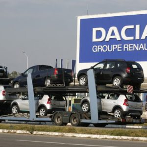 Pandemic Hits Romanian Dacia's 1Q Sales in Europe